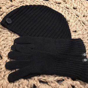 Ugg Hat and Gloves set